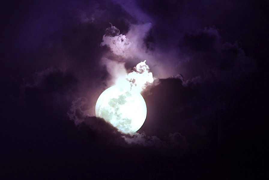 moon_stock_by_wyldraven